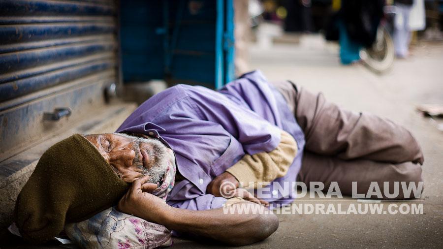 I Found Papa Smurf on the Street of Bangalore
